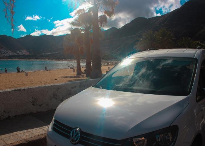 Conduce por Tenerife y explora su naturaleza en una Camper personalizada