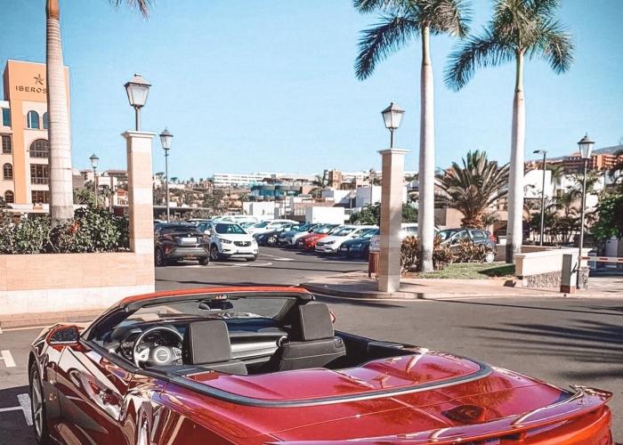 Disfruta de un día excepcional en un Chevrolet Camaro Cabrio