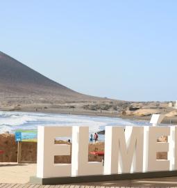 Disfruta la bahía de El Médano y descubre el SUP