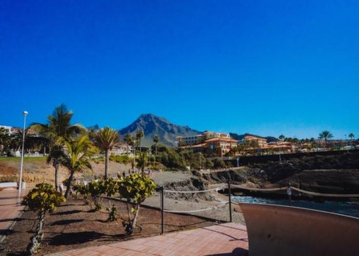 Doble Tuk Tuk Tour por Costa Adeje y La Caldera del Rey