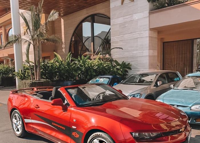 Enjoy a day out in a luxury Chevrolet Camaro Cabrio