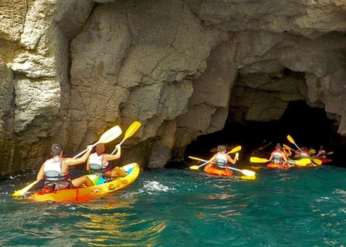 Kayaking in the beautiful waters around Gran Canaria