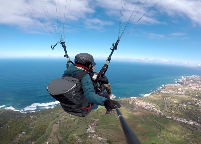 Paragliding Baptism Flight: Experience the sensation of flight for the first time