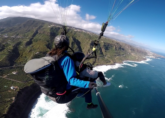 Paragliding Tour: Fly over Tenerife`s stunning coastlines