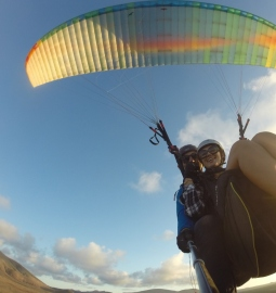 Soar over Lanzarote with a spectacular flight in a tandem paraglider